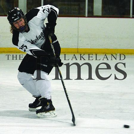 1-11-14 Lakeland Girls' Hockey vs. Waupaca