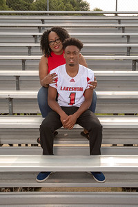 LHS_Football_Moms_6046_Seats_