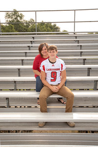 LHS_Football_Moms_6079_Crowder_