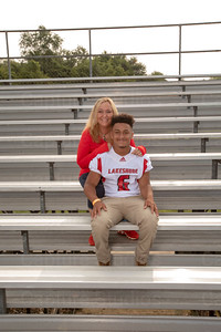 LHS_Football_Moms_6077_Taylor_