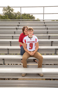 LHS_Football_Moms_6078_Crowder_