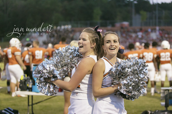 JMad_Lanier_Football_Cheer_0912_14_007
