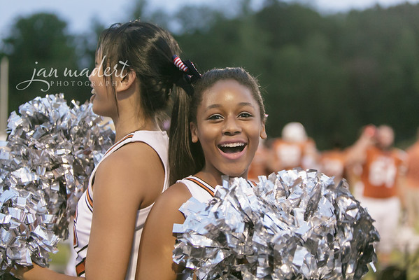 JMad_Lanier_Football_Cheer_0912_14_008