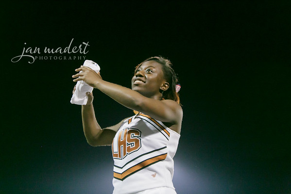 JMad_Lanier_Football_Cheer_0912_14_014