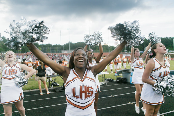 JMad_Lanier_Football_Cheer_0912_14_005