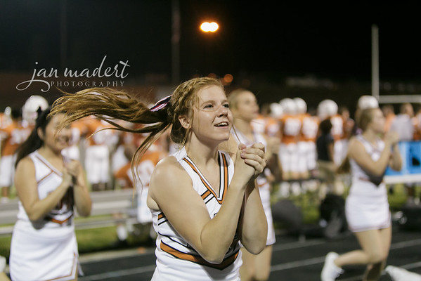JMad_Lanier_Football_Cheer_0912_14_010