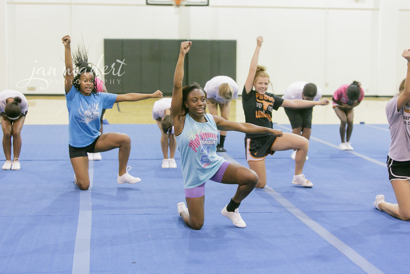 JMad_Lanier_CompetitionCheer_0828_14_014