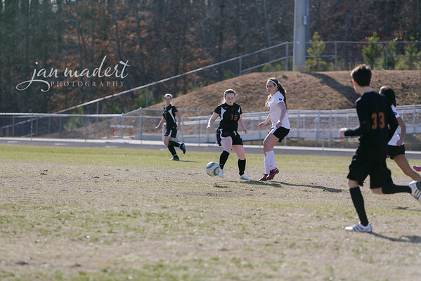 JMad_Lanier_Soccer_JV_Scrimmage_0206_15_004