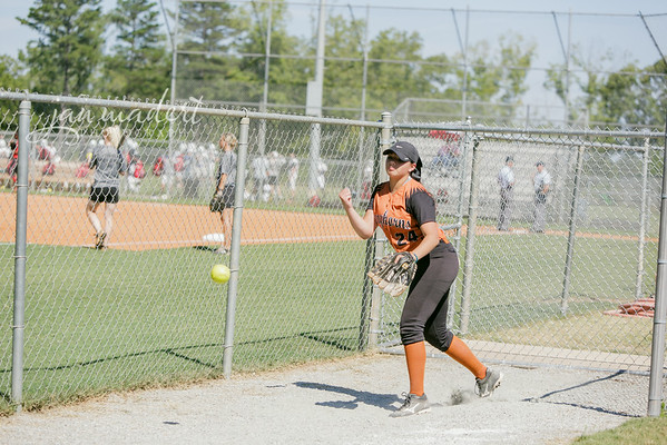 JMad_Lanier_Softball_JV_0826_14_003