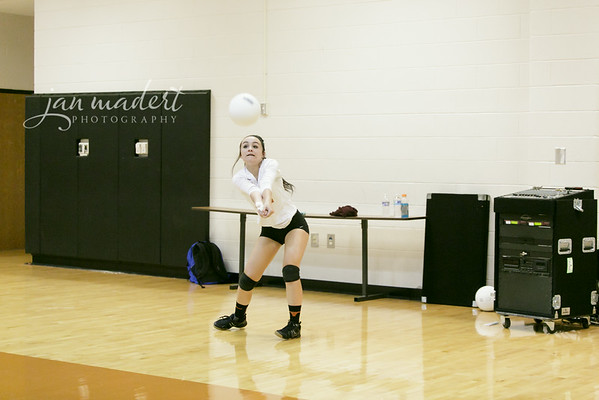 JMad_Lanier_Volleyball_Varsity_0828_14_002