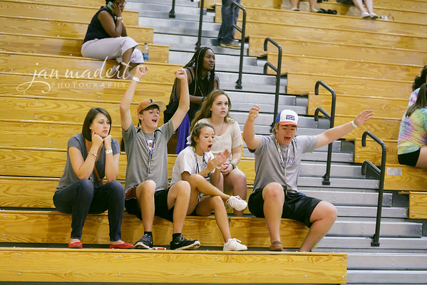 JMad_Lanier_Volleyball_Fans_0828_14_002