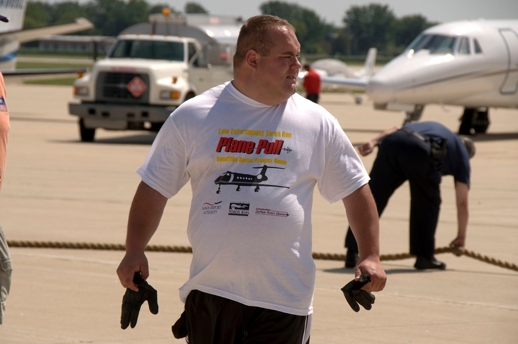 2009 Special Olympics of Illinois Torch Run Plane Pull at Dupage County Airport - July 25