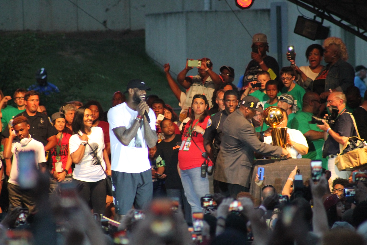LAWRENCE PANTAGES/CHRONICLE LeBron James addresses his fans in Akron on Thursday, June 23.