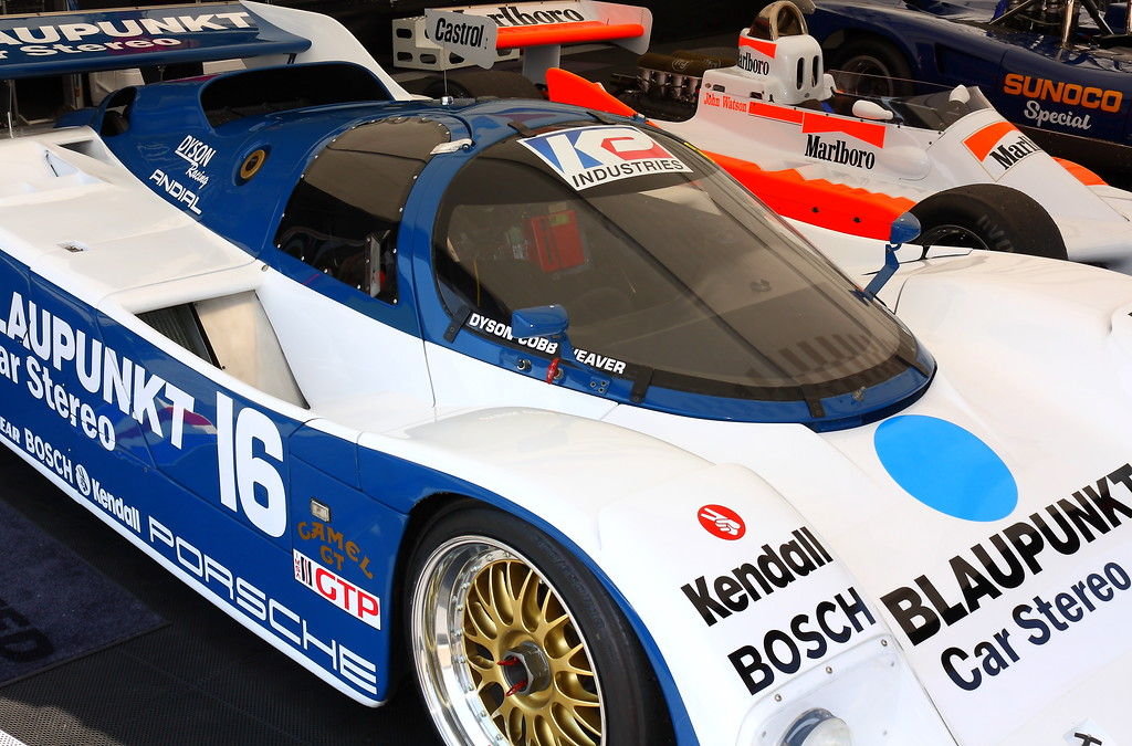 Beautiful Zac Brown Blaupunkt 1986 Porsche 962
