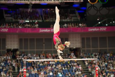 __02.08.2012_London Olympics_Photographer: Christian Valtanen_London_Olympics__02.08.2012_D80_4441_final, gymnastics, women_Photo-ChristianValtanen