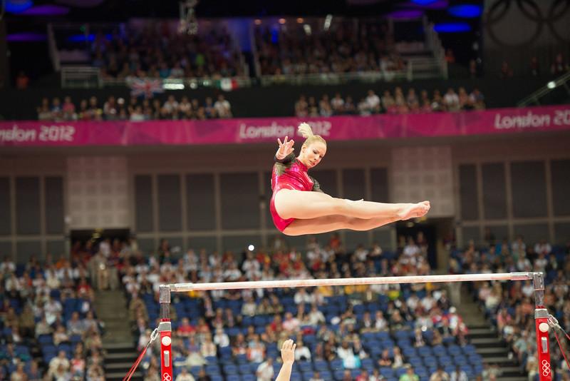 __02.08.2012_London Olympics_Photographer: Christian Valtanen_London_Olympics__02.08.2012_D80_4341_final, gymnastics, women_Photo-ChristianValtanen