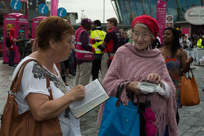 Christians preaching gospel at the Stratford station__31.07.2012_London Olympics_Photographer: Christian Valtanen_London_Olympics_Christians preaching gospel at the Stratford station_31.07.2012_DSC_1168__Photo-Christian_Valtanen