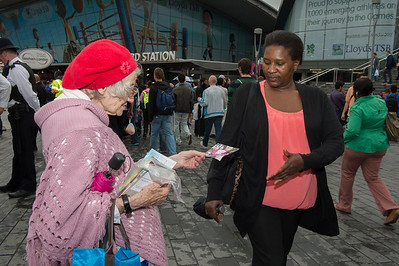 Christians preaching gospel at the Stratford station__31.07.2012_London Olympics_Photographer: Christian Valtanen_London_Olympics_Christians preaching gospel at the Stratford station_31.07.2012_DSC_1185__Photo-Christian_Valtanen
