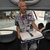 Mitalikakkua kuljettamassa_Asko Harkonen kyydittää mitalikakkua._11.0812_London Olympics_Photographer: Christian Valtanen_London_Olympics_Mitalikakkua kuljettamassa_11.08.2012_DSC_3243__Photo-Christian Valtanen