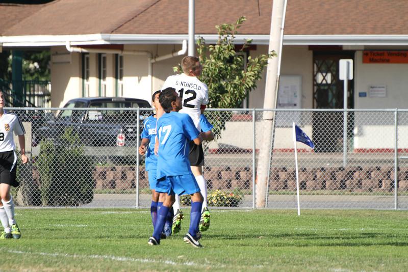 20130925 Comsewogue @ Sayville Soccer 201