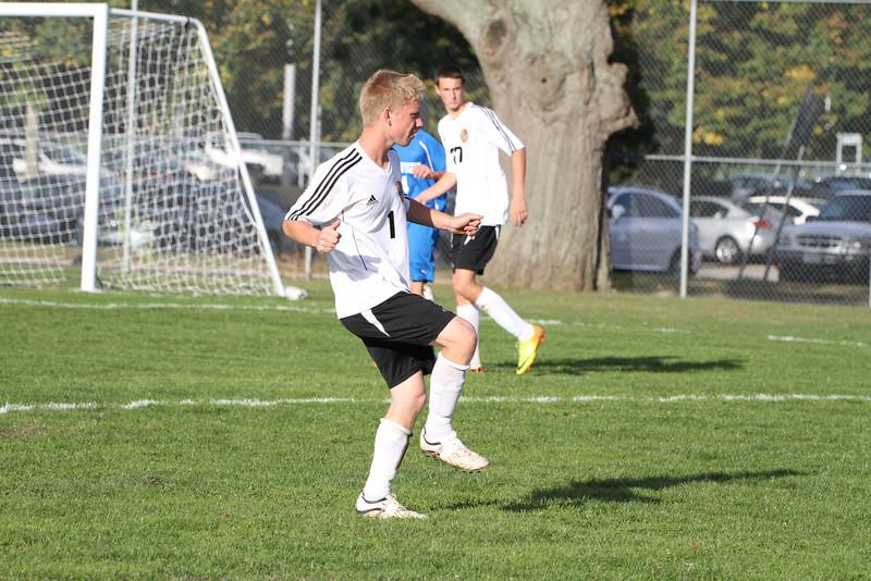 20130925 Comsewogue @ Sayville Soccer 188
