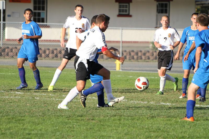 20130925 Comsewogue @ Sayville Soccer 375