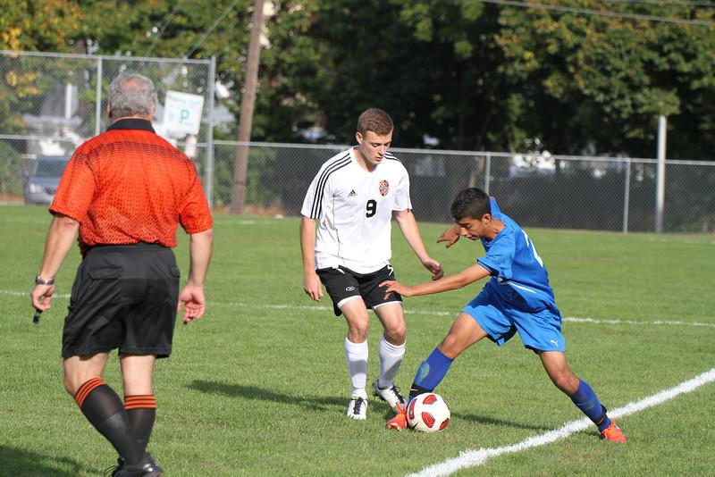 20130925 Comsewogue @ Sayville Soccer 090