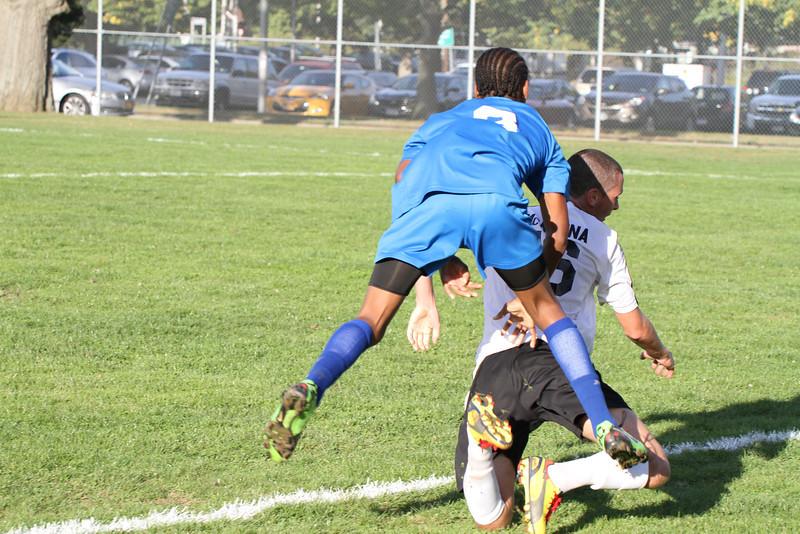 20130925 Comsewogue @ Sayville Soccer 332