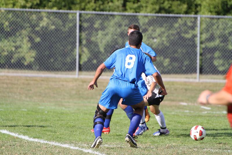 20130925 Comsewogue @ Sayville Soccer 010