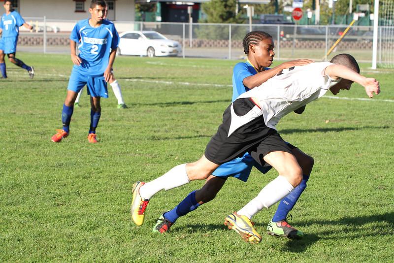 20130925 Comsewogue @ Sayville Soccer 330