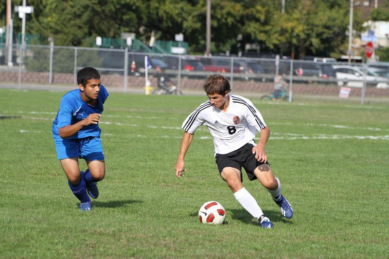 20130925 Comsewogue @ Sayville Soccer 033