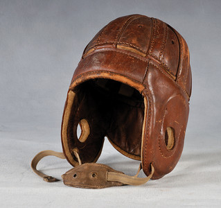 Football Helmet 1920 (Red Grange Spalding)