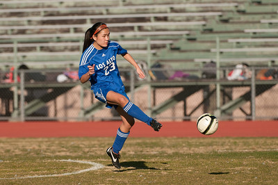 LAHS-Soccer-r2-20130211170402-0520