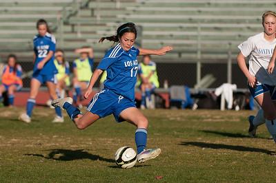 LAHS-Soccer-r0-20130211165352-0475