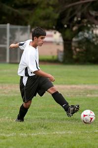 Los-Altos-Soccer-U16B-20090913135403_8435