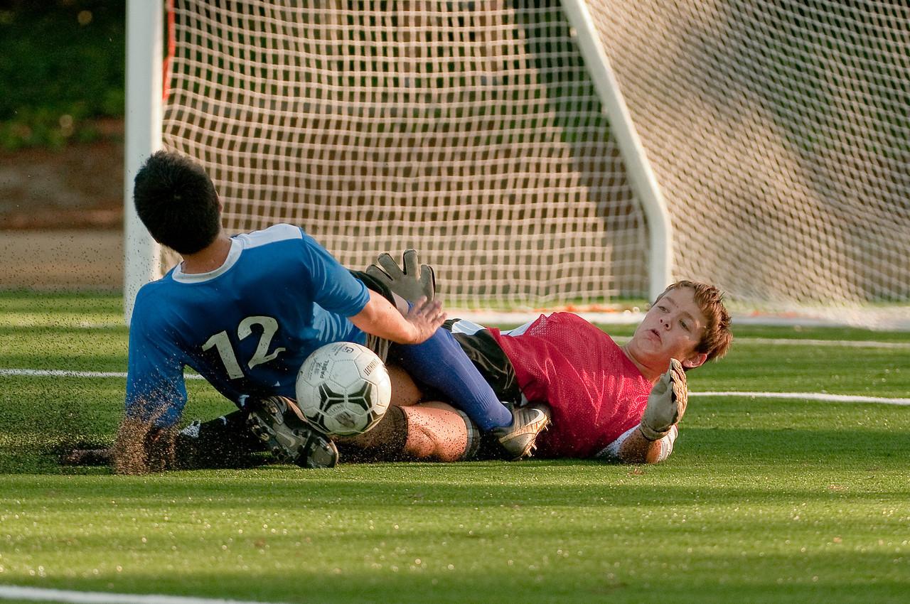 Los-Altos-Soccer-U16B-20091101164051_3239-2