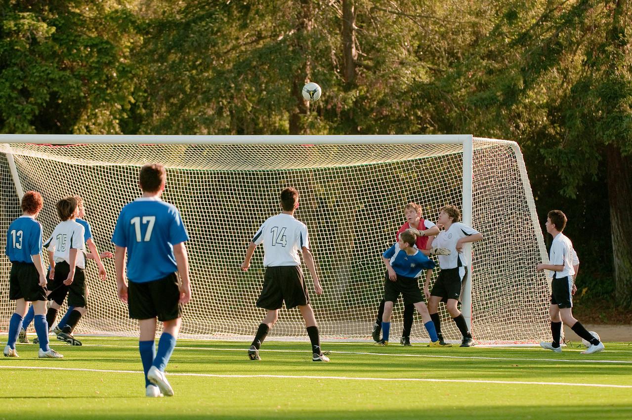 Los-Altos-Soccer-U16B-20091101161357_3165