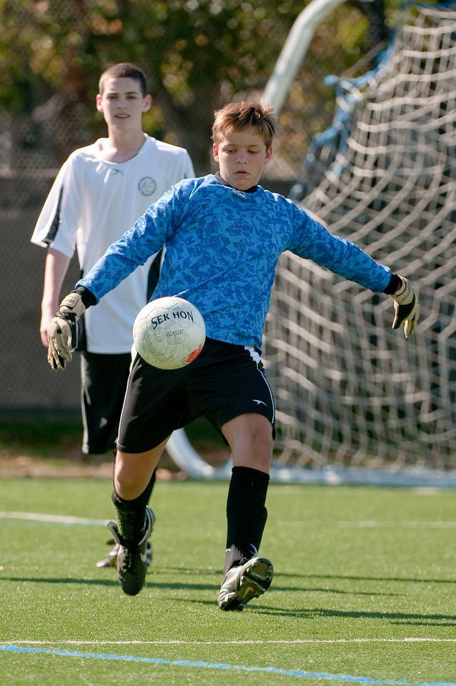 Los-Altos-Soccer-U16B-20091025133527_2505