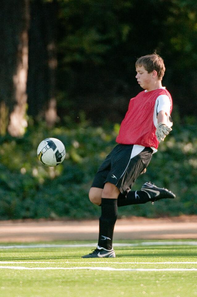 Los-Altos-Soccer-U16B-20091101161411_3166