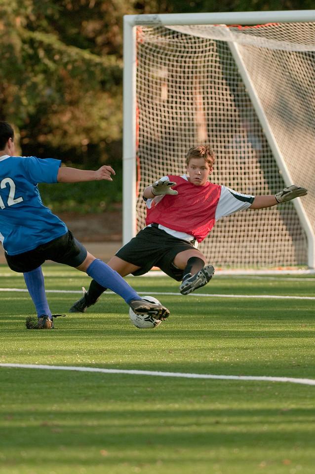 Los-Altos-Soccer-U16B-20091101164050_3236