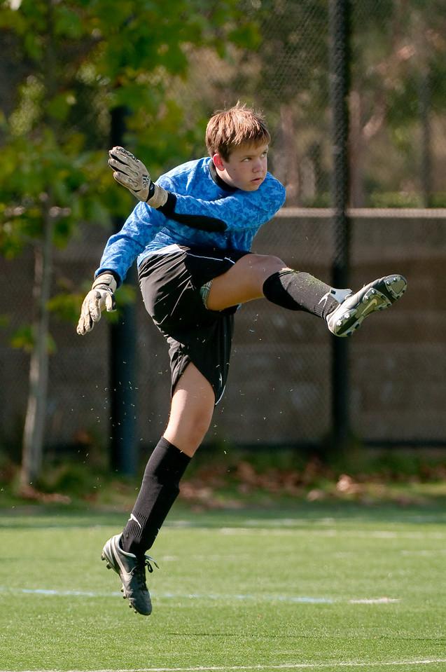 Los-Altos-Soccer-U16B-20091025134142_2527