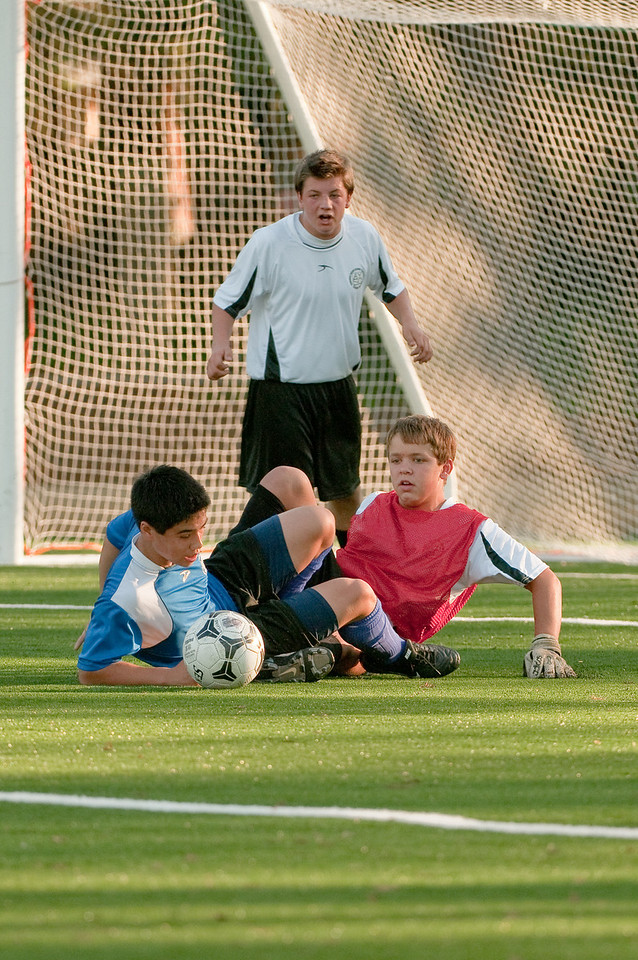 Los-Altos-Soccer-U16B-20091101164052_3240
