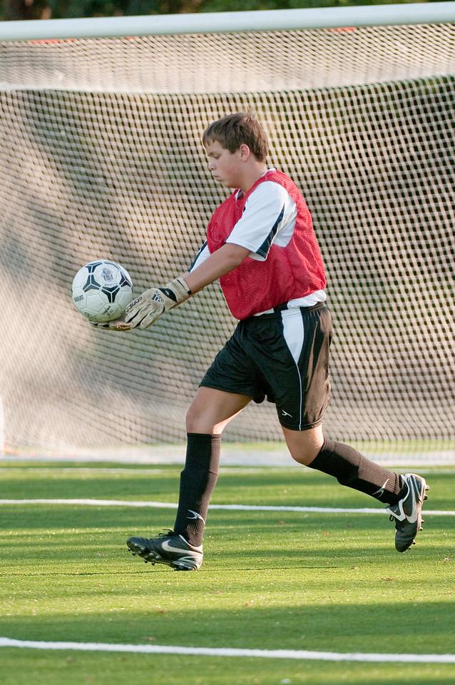 Los-Altos-Soccer-U16B-20091101163648_3220