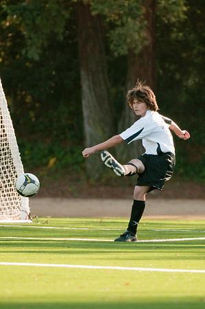 Los-Altos-Soccer-U16B-20091101160802_3136