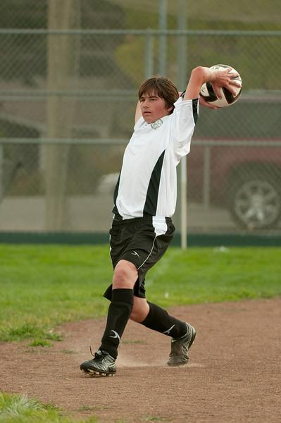 Los-Altos-Soccer-U16B-20090913151207_8863