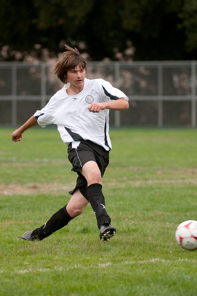 Los-Altos-Soccer-U16B-20090913135449_8457