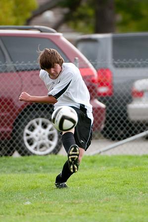 Los-Altos-Soccer-U16B-20090913152827_8886