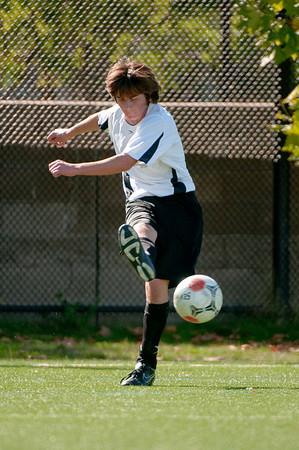 Los-Altos-Soccer-U16B-20091025132846_2495