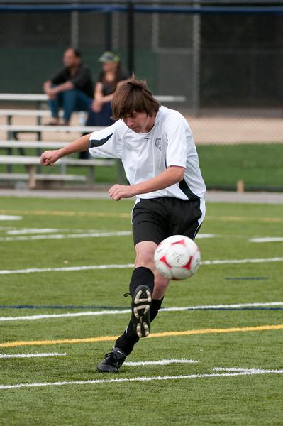 Los-Altos-Soccer-U16B-20091018135708_2031