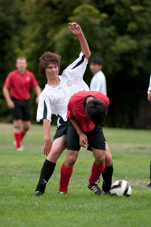 Los-Altos-Soccer-U16B-20090913142629_8620